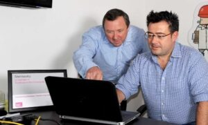 Paul Feist of Plus Accounting visiting client Jason Woodford of Site Visiblity